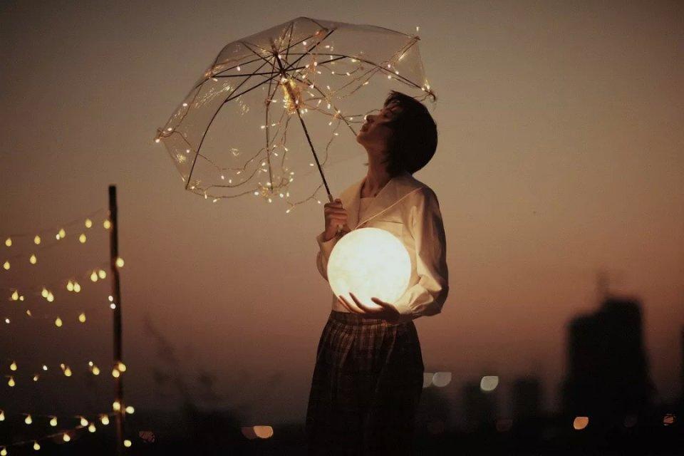 风雨人生,自己撑伞!