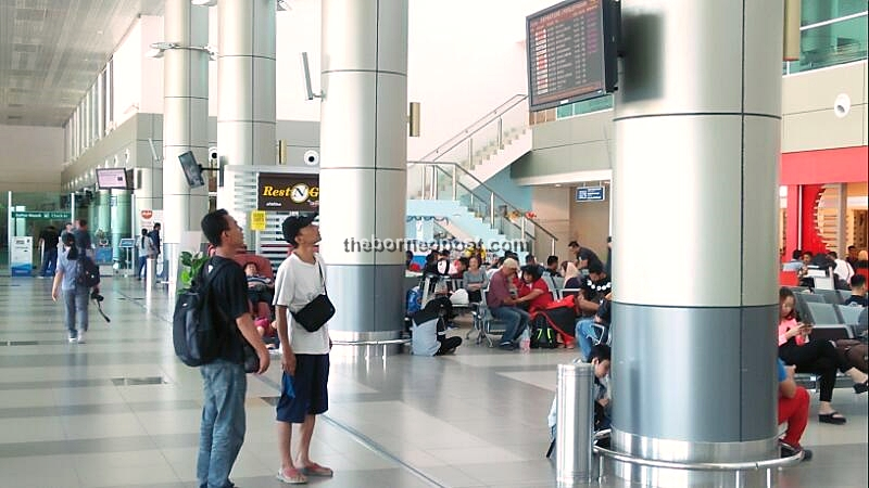 Poor weather at Sibu Airport forces several flights to be diverted, delayed