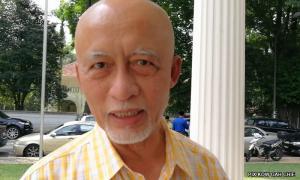 Umno veterans club slams party reps over Azmin meeting