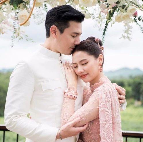 一代泰国男神要结婚了,新娘好有气质