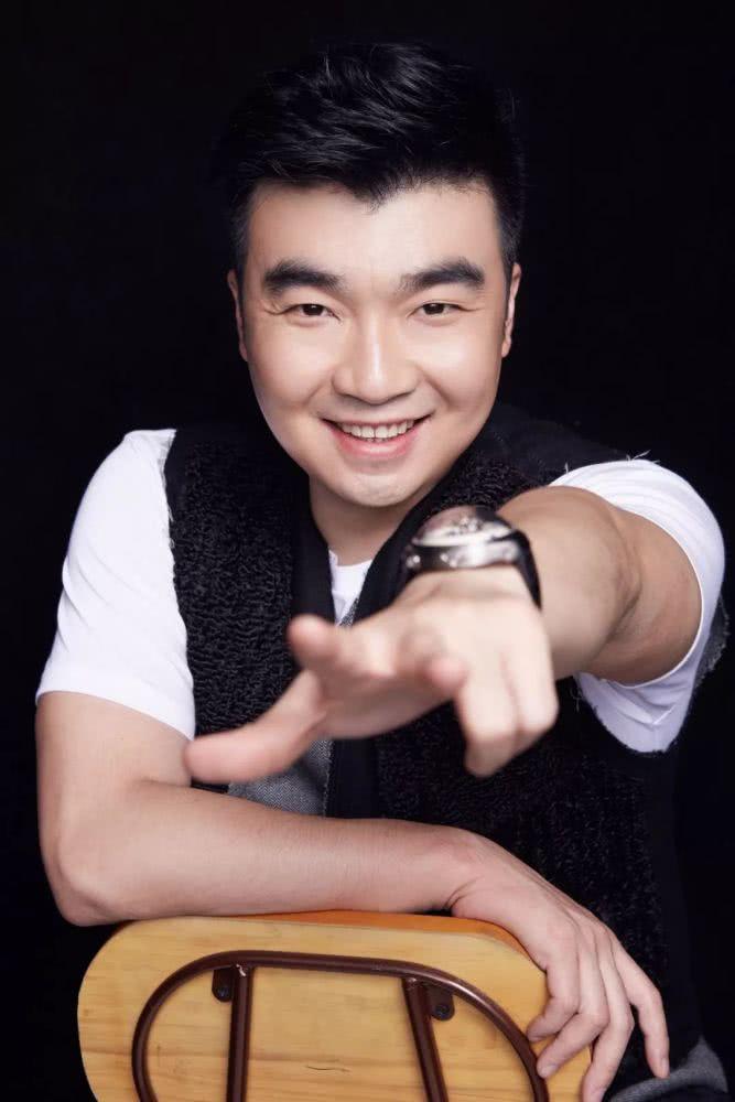 """蹦床公主何雯娜被求婚了!男方是""""长安十二时辰""""幕后的厉害角色!"""