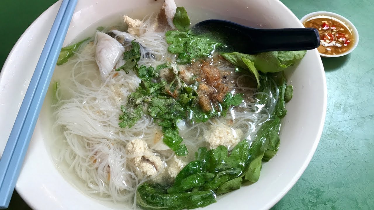 Incredibly authentic Teochew fish soup! RARE FIND!  (鱼片汤)
