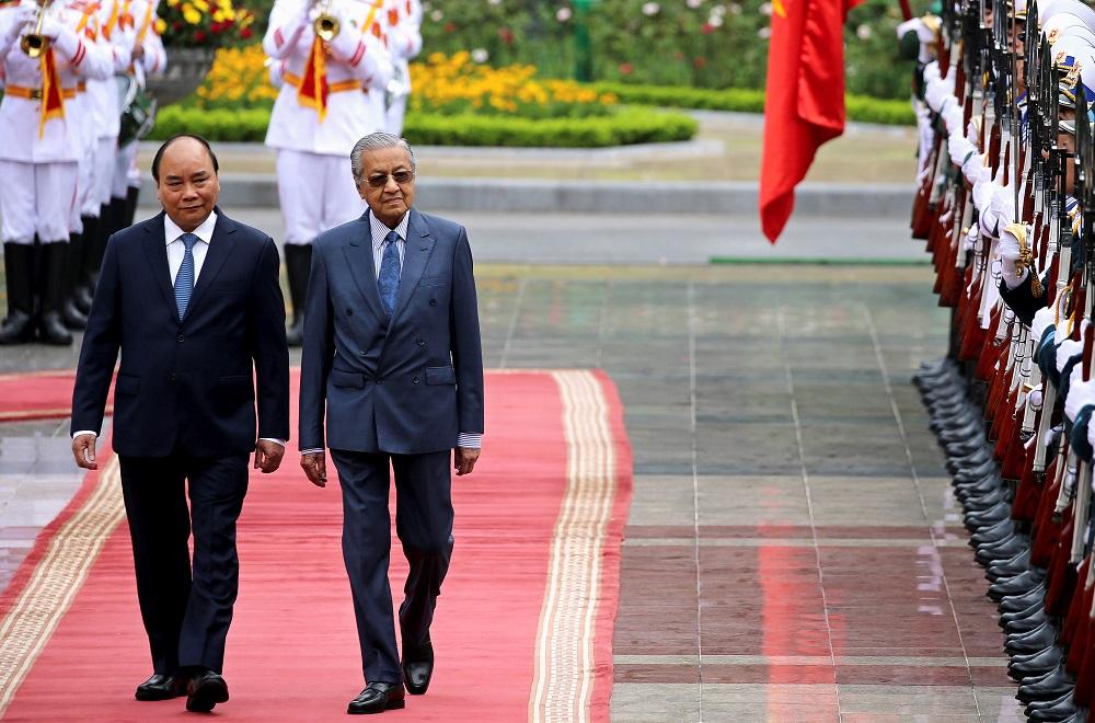Dr M impressed with Vietnam's development, progress