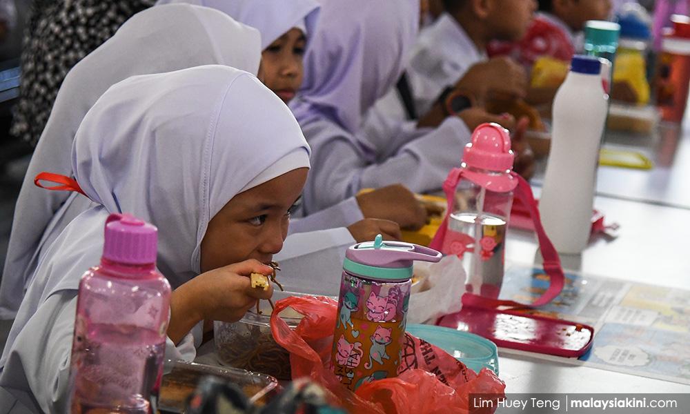 Free breakfast for primary school kids starts in 2020