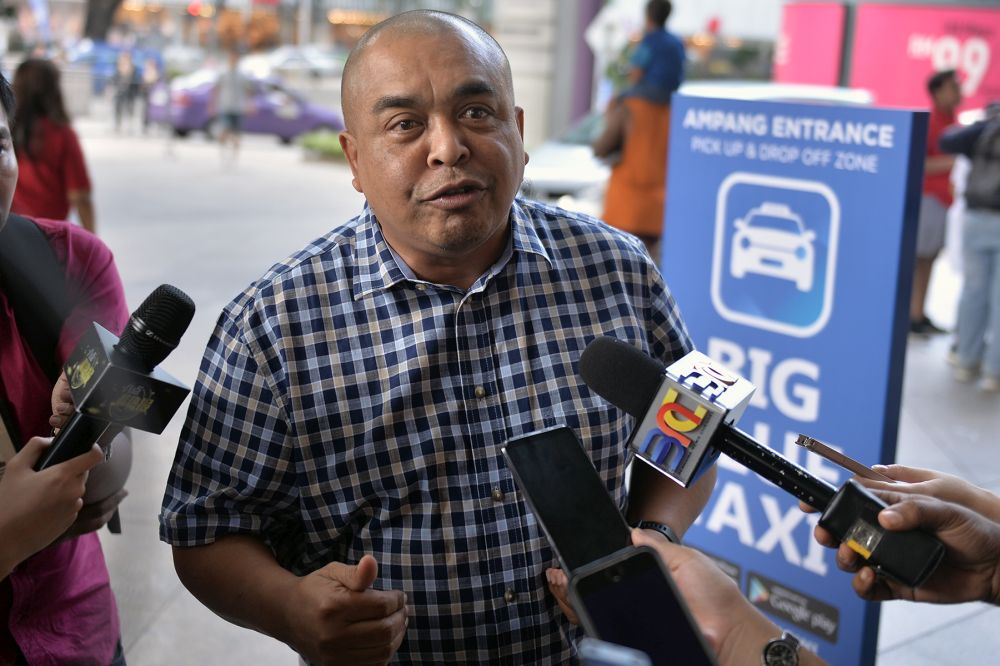 Big Blue Taxi chief's remark on Go-Jek sparks outrage in Indonesia