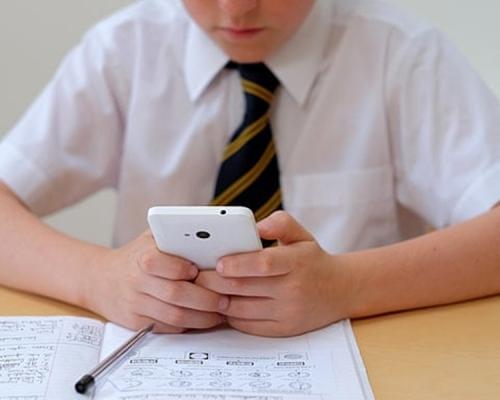 带手机即毁!山西省某中学「最狠校规」惹争议