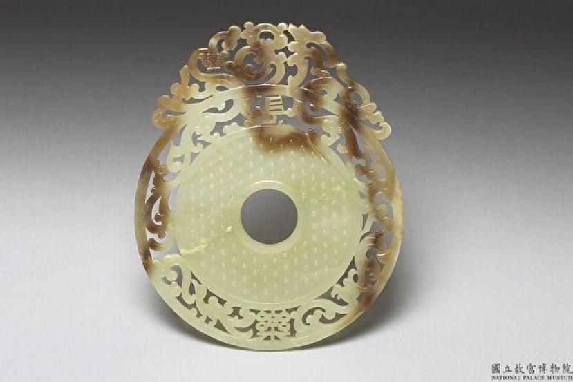玉璧艺术集粹 史前以来祥瑞富丽的神器