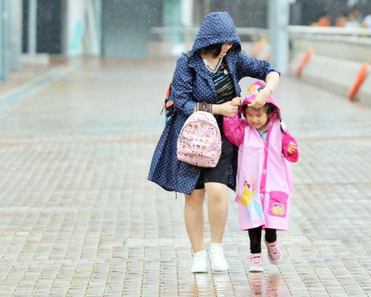 连落9日雨 下周一开学多云有雷暴