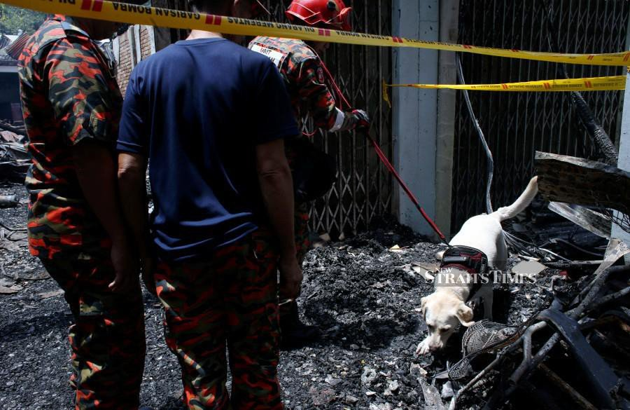 Charred body found in wooden shophouse in Sungai Lembing fire