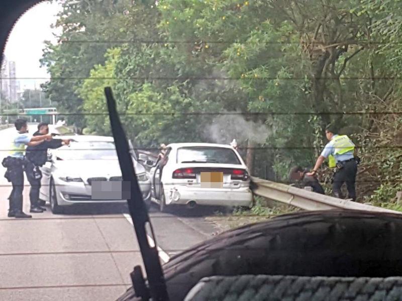 5贼劫錶行失败逃走 粉岭公路遇警追截被捕