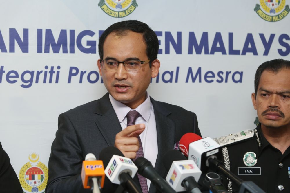 Coronavirus: Immigration DG says special pass to be issued for Chinese tourists in Malaysia