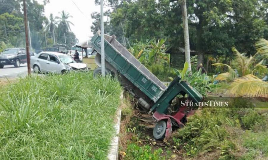 Three, including pregnant woman killed; baby among hurt in Perak crash