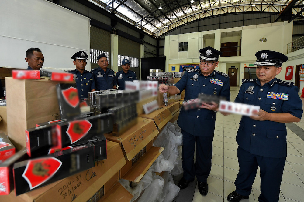 Customs: Contraband cigarettes worth RM25.4m seized nationwide so far this year
