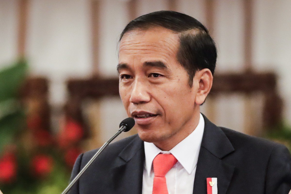 Jokowi tells ministers to take advantage of US-China trade war, as investors bypass Indonesia