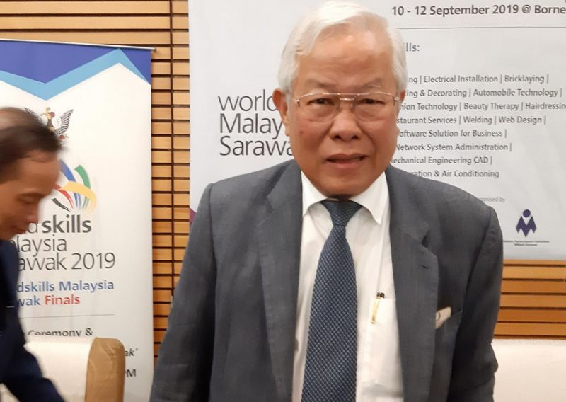 Sarawak minister says dispute with Putrajaya over dilapidated schools resolved
