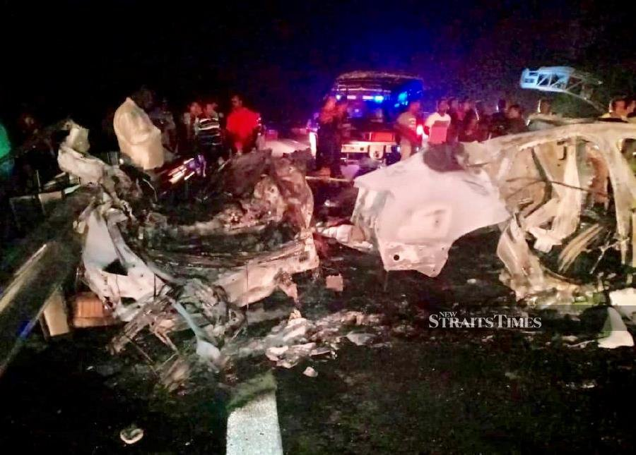 Two killed, 1 hurt as Audi bursts into flames on yet-to-be-opened WCE