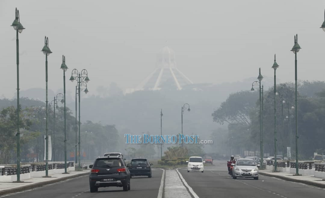Weather centre detects 811 hotspots in Kalimantan, almost two-fold increase in 24 hours