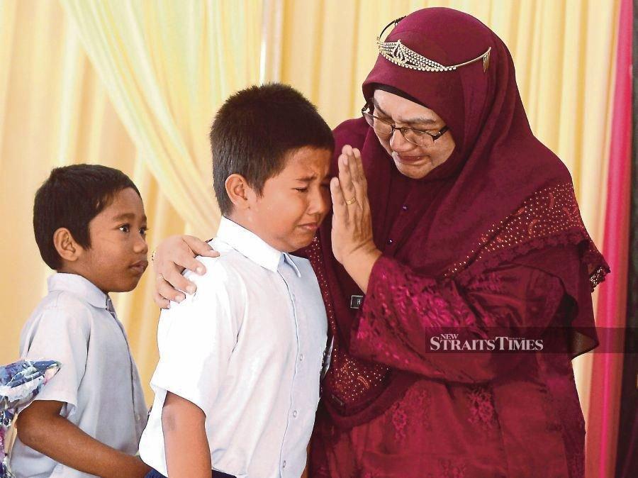 A tearful farewell for teacher Hairunnisha