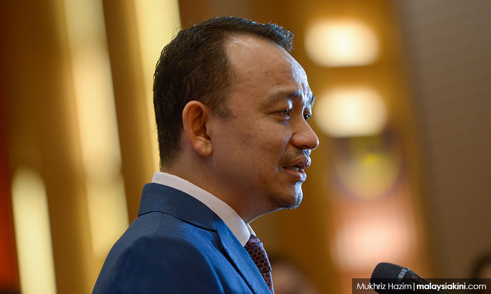 Maszlee emphasises teachers' role in response to actress Jyothika's letter