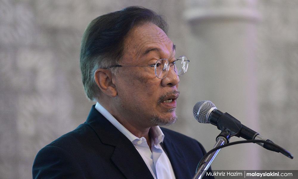 Anwar wants Azmin, EPU to relook 'failed' economic policies