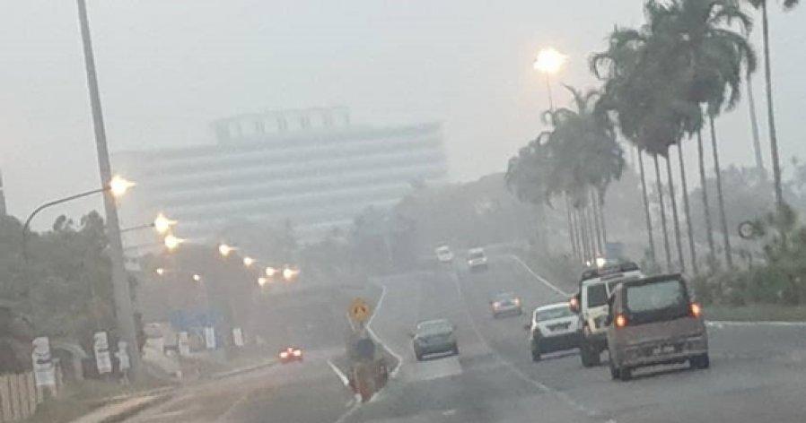 舒缓砂州烟霾 3重灾区拟人造雨