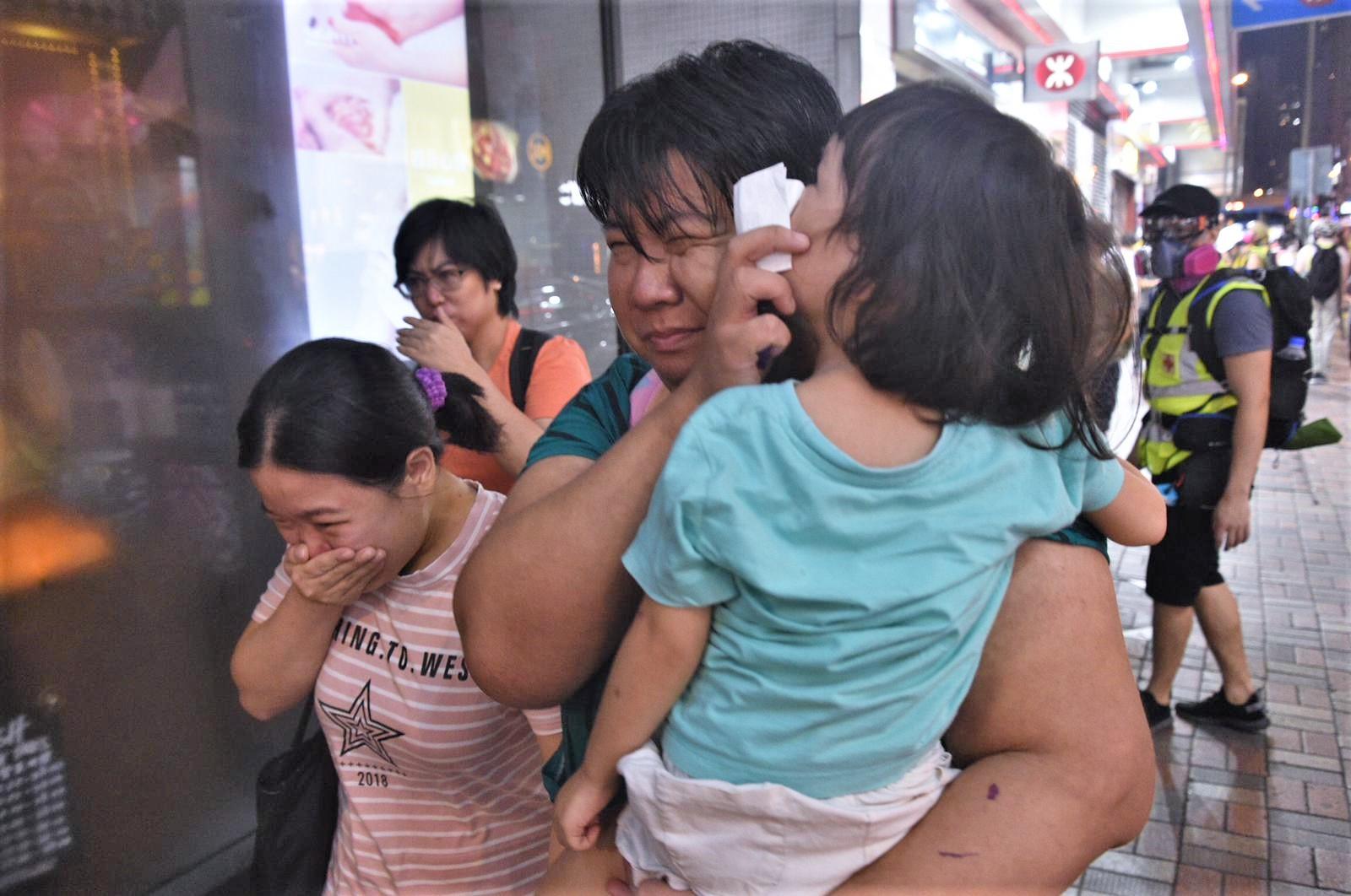 【修例风波】医管局指截至昨晚9时半 10人受伤送院