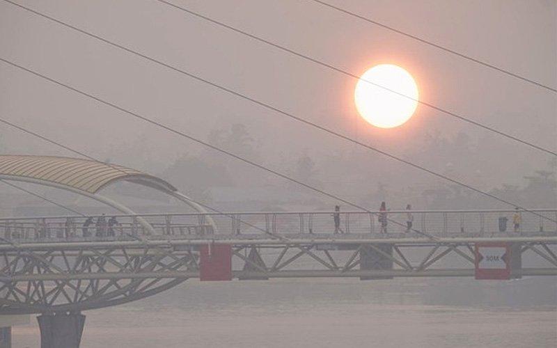 Sarawak orders schools in haze-hit areas to close