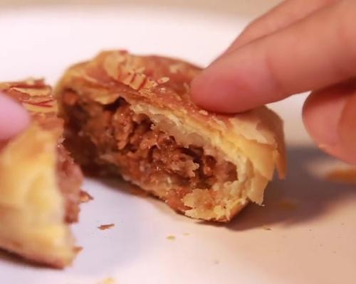 国产首款「人造肉」月饼推出 网民:真假难分