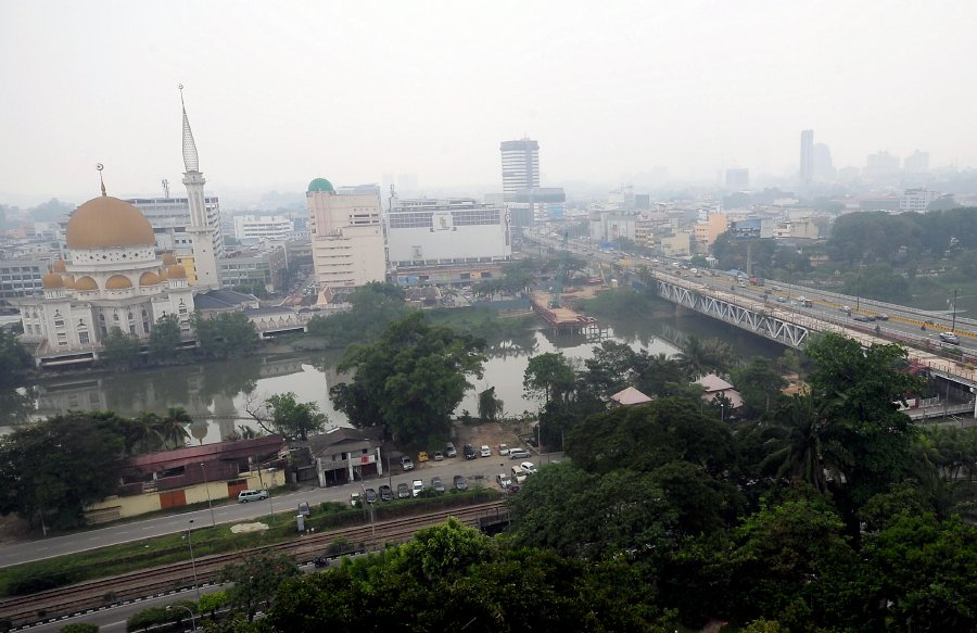 Selangor Health Department starts daily monitoring of haze related illnesses