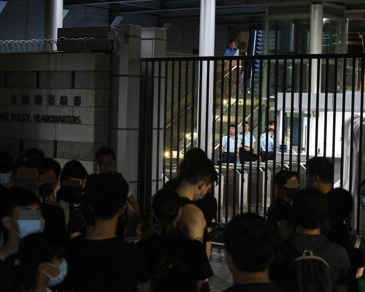 【逃犯风波】清洁工涉袭警刑毁警总拒保释 还柙10月杪再讯