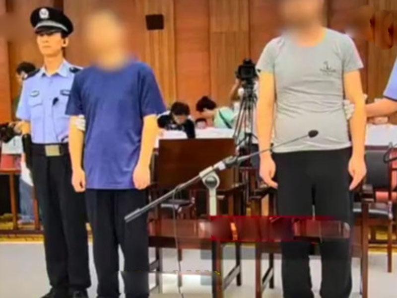 9岁童被邻居绑架逃脱期间被杀 裸尸躺楼顶电梯间