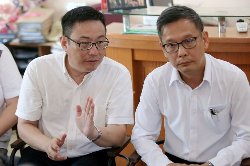 Two Perak DAP reps quit party posts in support of exco charged with rape