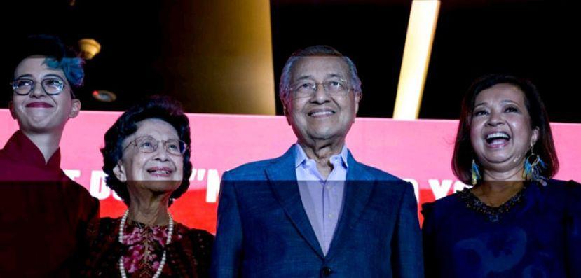 马哈迪:选民将评估表现 希盟来届大选胜出不容易