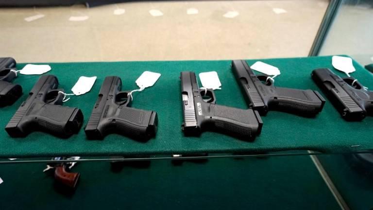 Illegal Airsoft gun dealer arrested