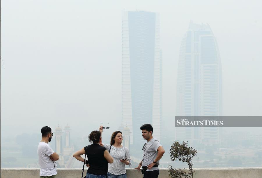No let-up in haze nationwide; API in three areas above 200
