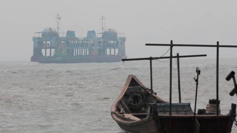 Maritime community advised to be careful over haze