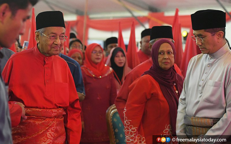 PPBM 'will consider' if Azmin applies to join, says Dr M