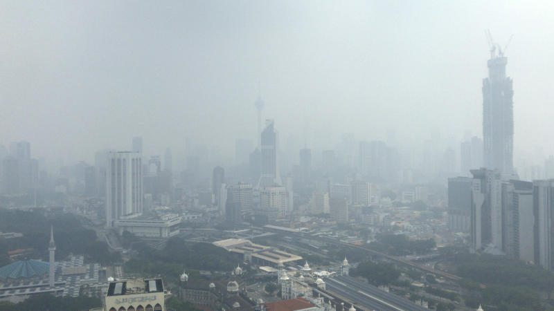 Malaysia to fight smog with cloud seeding
