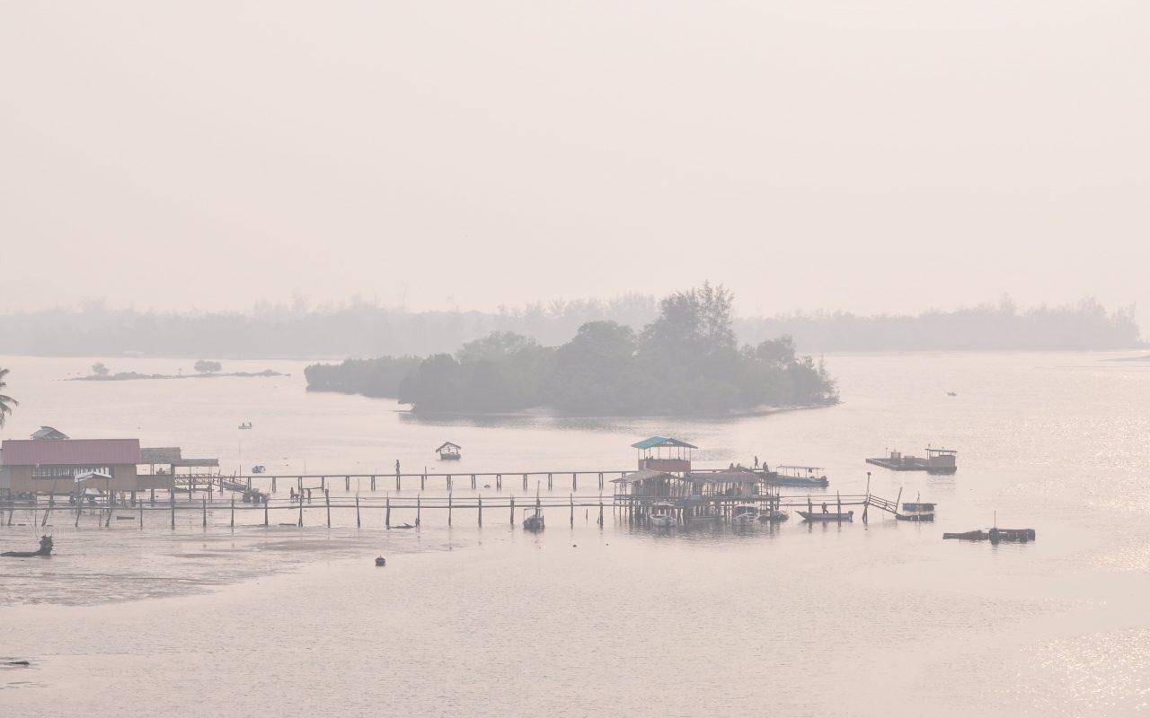 KK air quality nears unhealthy