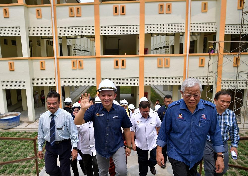 Maszlee says Putrajaya committed to fixing Sarawak's schools