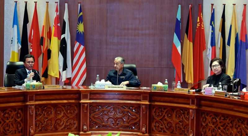 PM suggests agriculture as way forward for Sabah, Sarawak to grow revenue