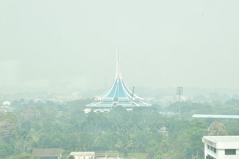337 schools in Sarawak closed as haze persists