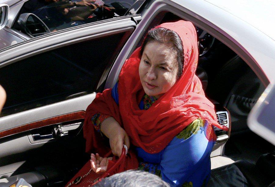 Lebanese jeweller ordered to deposit RM75,000 in suit against Rosmah