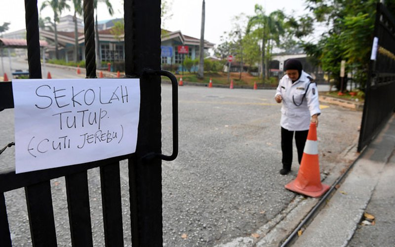 Online lessons for students if haze keeps schools closed, says Teo