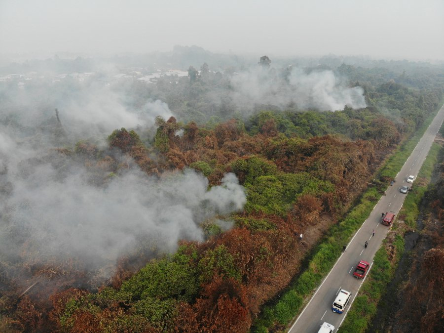 S'wak continues to be choked, Peninsular sees slow air quality improvement
