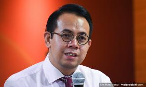 MP admits differing opinions within DAP over comic controversy
