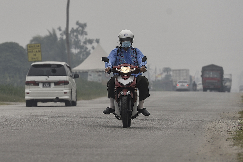 Air quality improves across Malaysia; remains unhealthy in Johan Setia