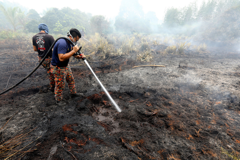 Nearly 1,500 cases of open burning in Malaysia during haze season, says deputy minister
