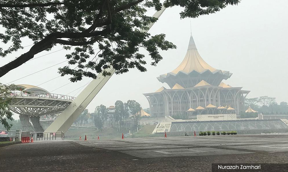 Beleaguered Sarawakians are bedding in for long battle with haze