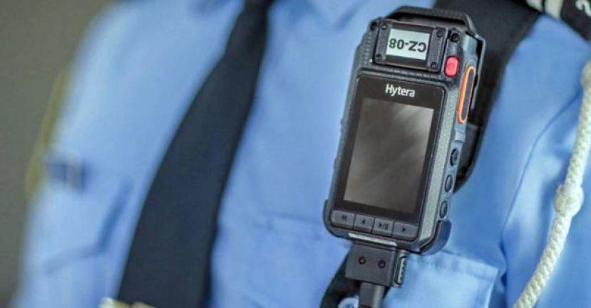 执法员须佩戴穿戴式摄录机 首相:科技辅助提高透明度
